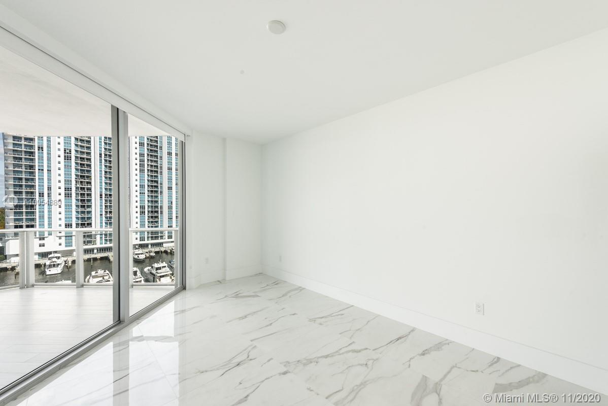 17111 Biscayne Blvd #803 photo015