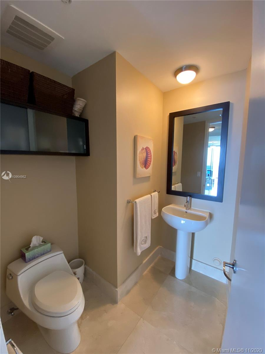 18201 Collins Ave #4102 photo014