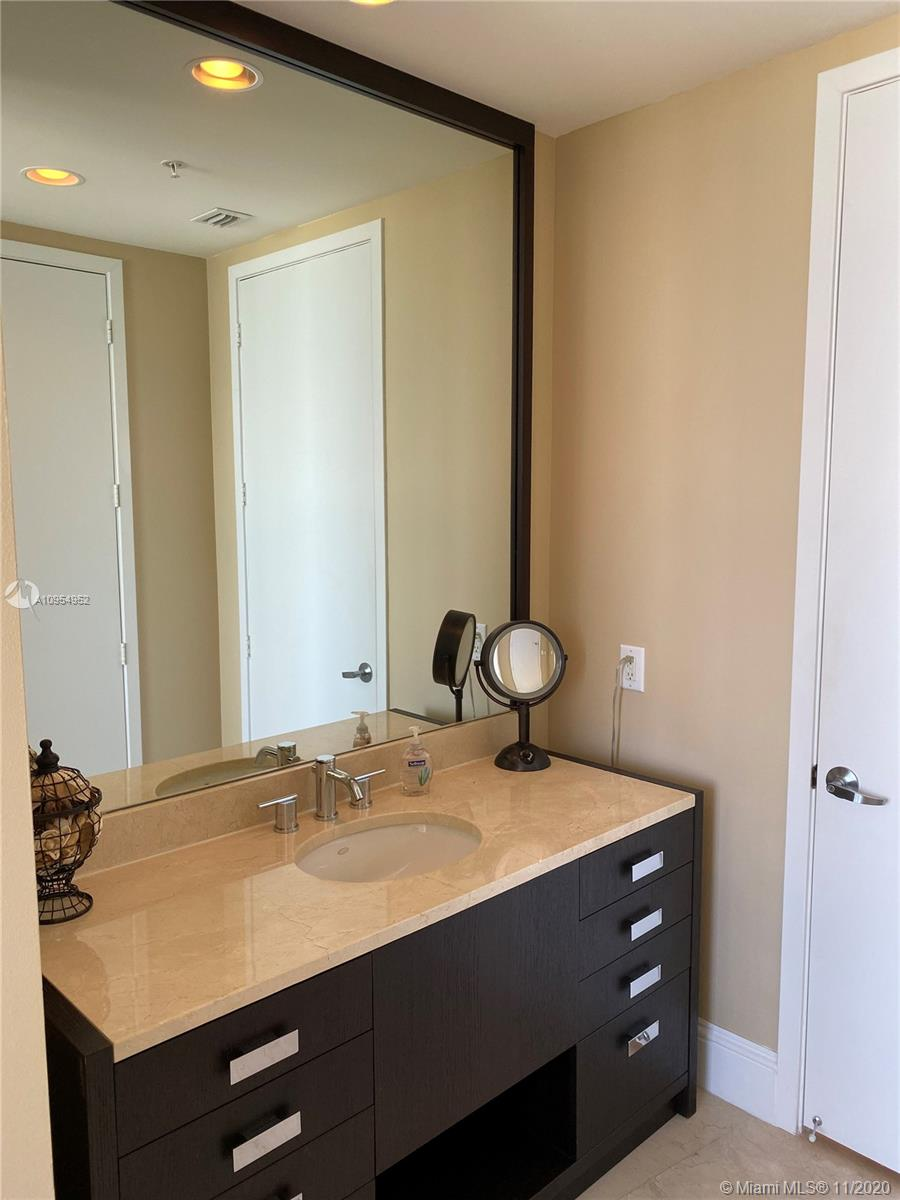 18201 Collins Ave #4102 photo011