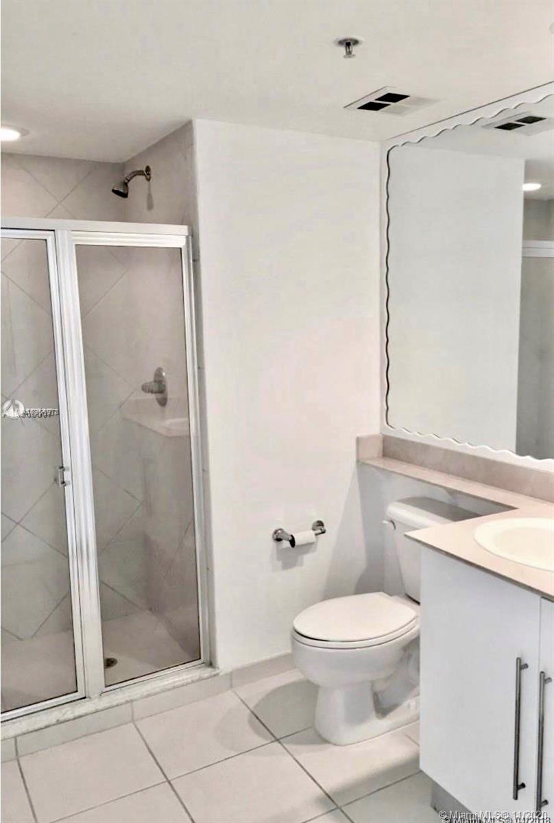 335 S Biscayne Blvd #3900 photo013