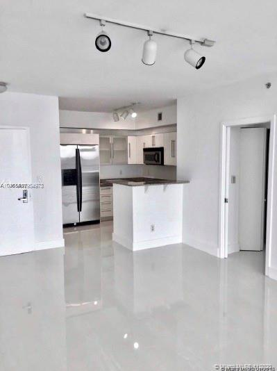 335 S Biscayne Blvd #3900 photo03