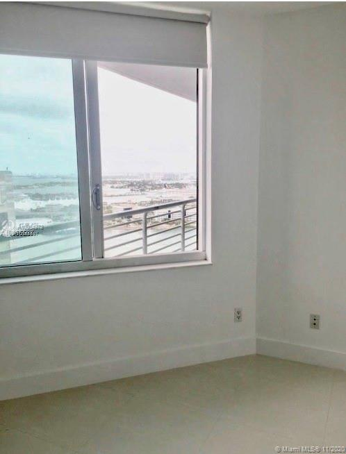 335 S Biscayne Blvd #3900 photo09