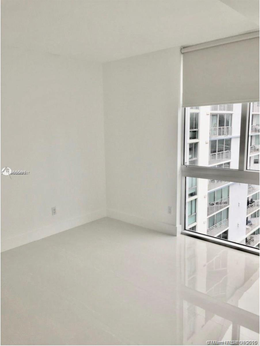 335 S Biscayne Blvd #3900 photo014