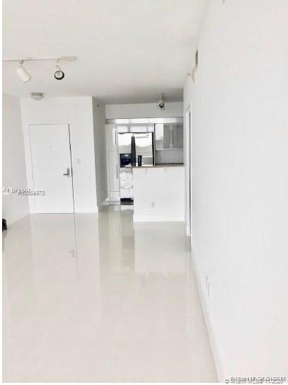 335 S Biscayne Blvd #3900 photo04