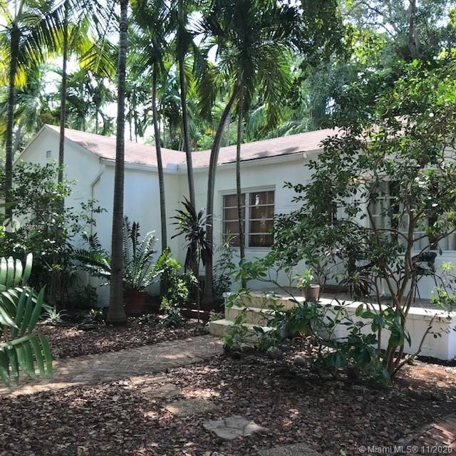 Silver Bluff - 2426 Tequesta Ln, Miami, FL 33133
