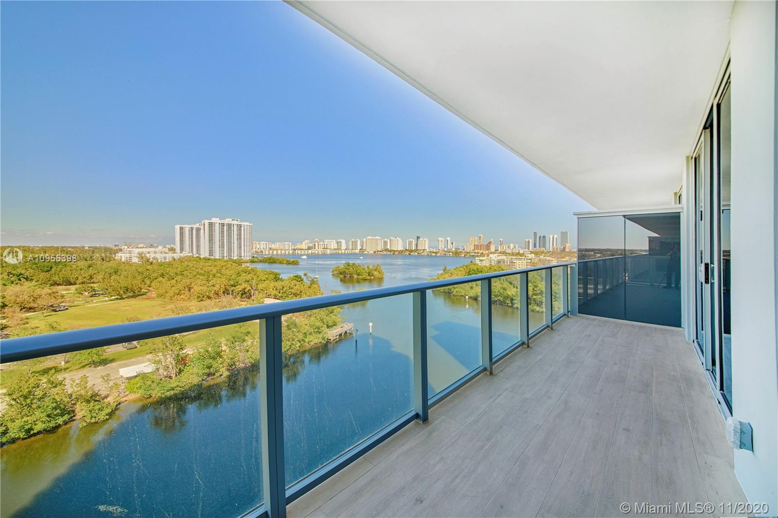 16385 Biscayne Blvd #1006 photo02