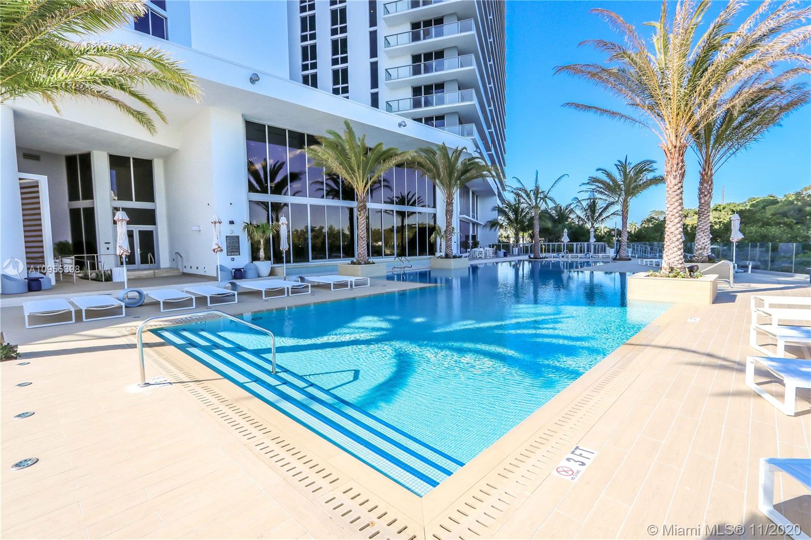 16385 Biscayne Blvd #1006 photo039