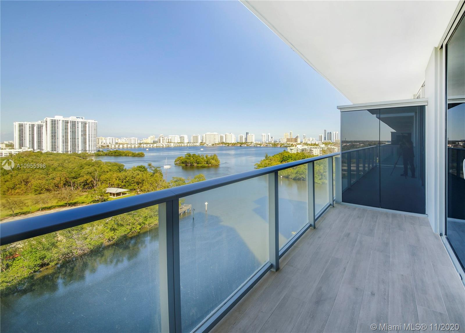 16385 Biscayne Blvd #1006 photo04