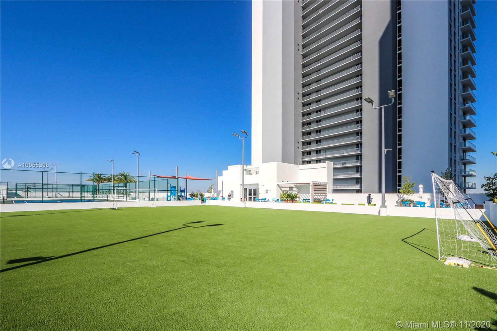 16385 Biscayne Blvd #1006 photo025