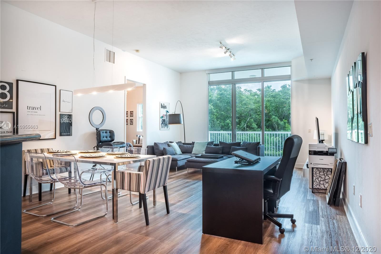 One Fifty One At Biscayne #102 - 15051 Royal Oaks Ln #102, North Miami, FL 33181