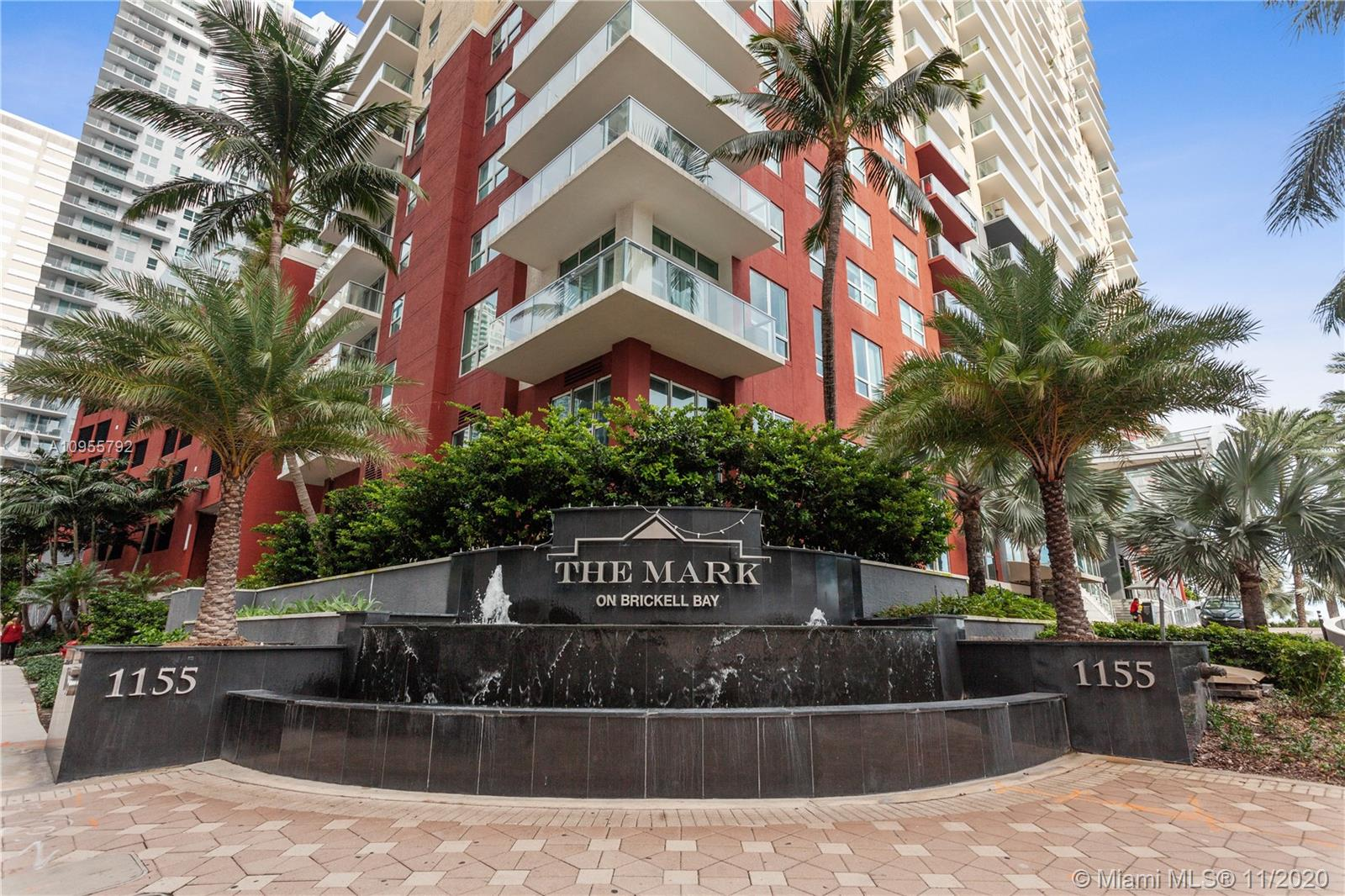 1155 BRICKELL BAY DR #1705 photo01