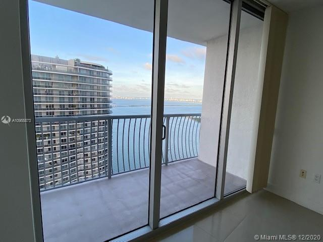Photo of 1750 N Bayshore Dr #5305 listing for Sale