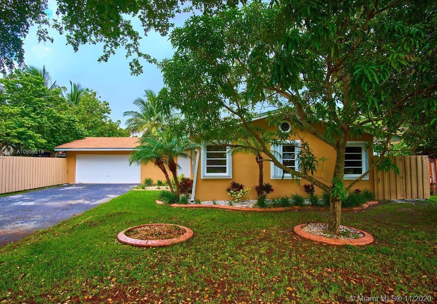 Calusa - 10261 SW 130th Ave, Miami, FL 33186