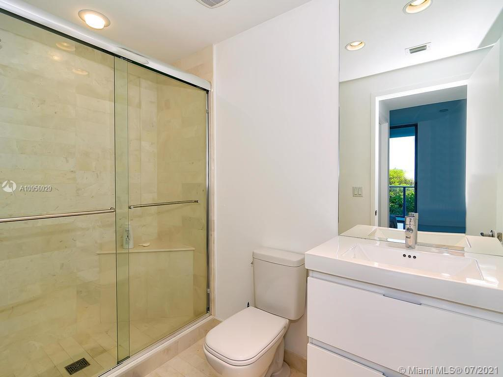 17301 Biscayne Blvd #306 photo09