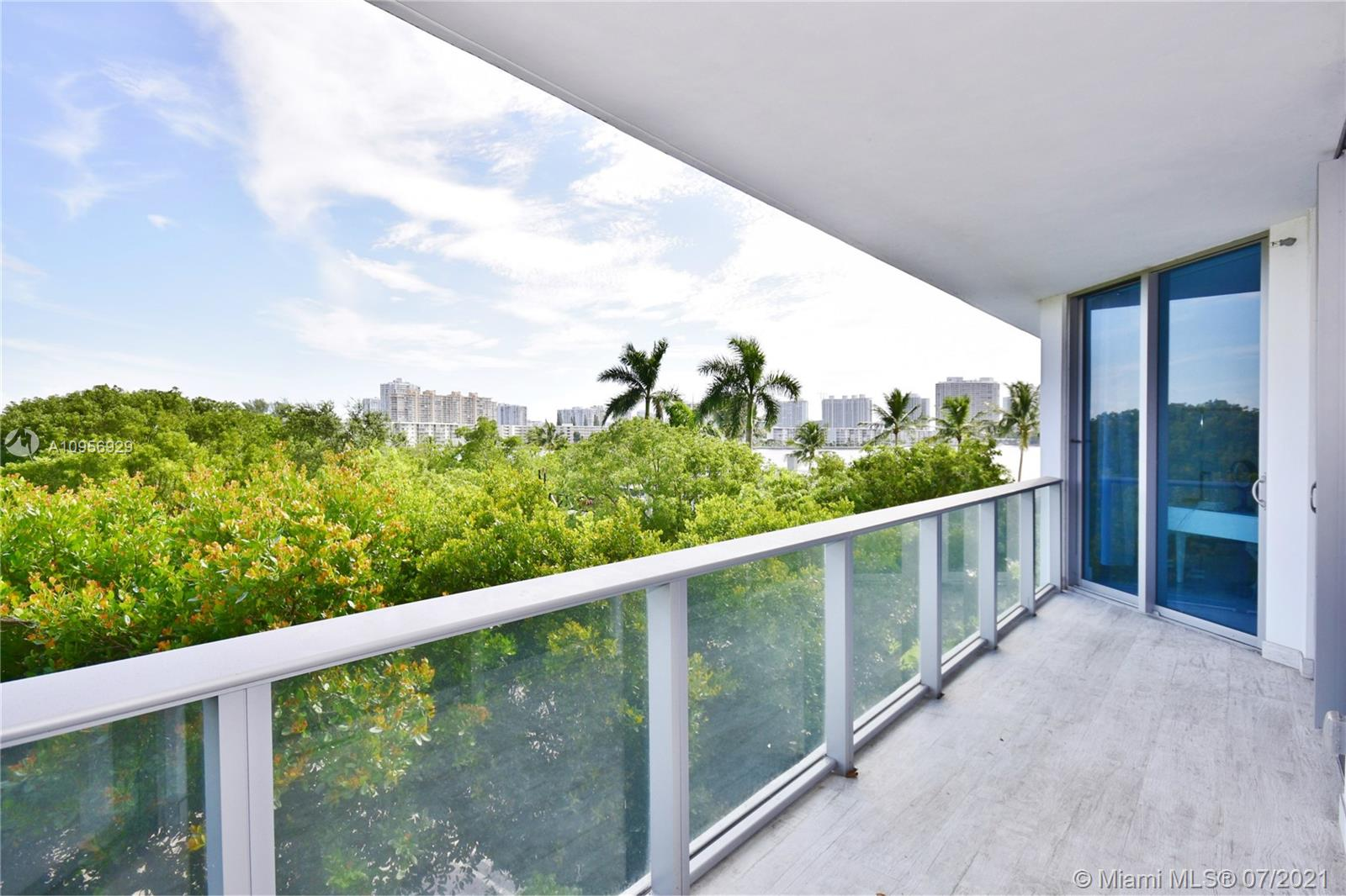 17301 Biscayne Blvd #306 photo024