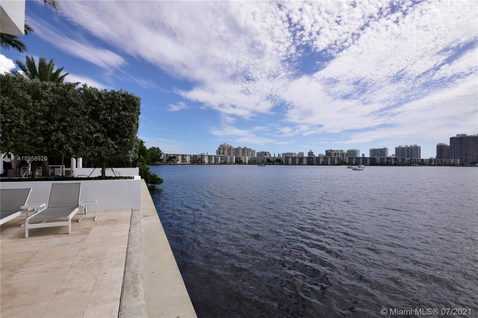 17301 Biscayne Blvd #306 photo035