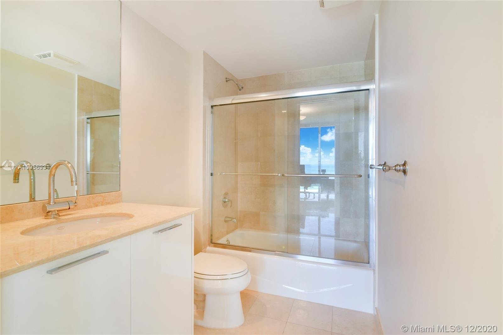 18911 Collins Ave #1207 photo06