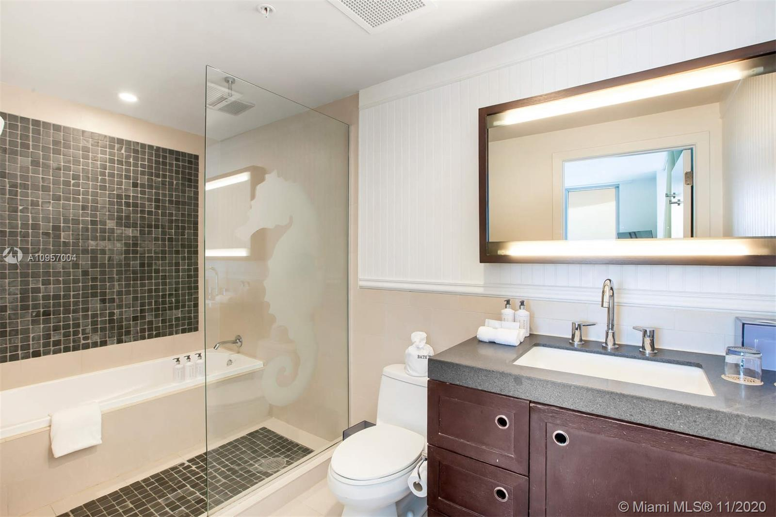 17315 Collins Ave #1101 photo06