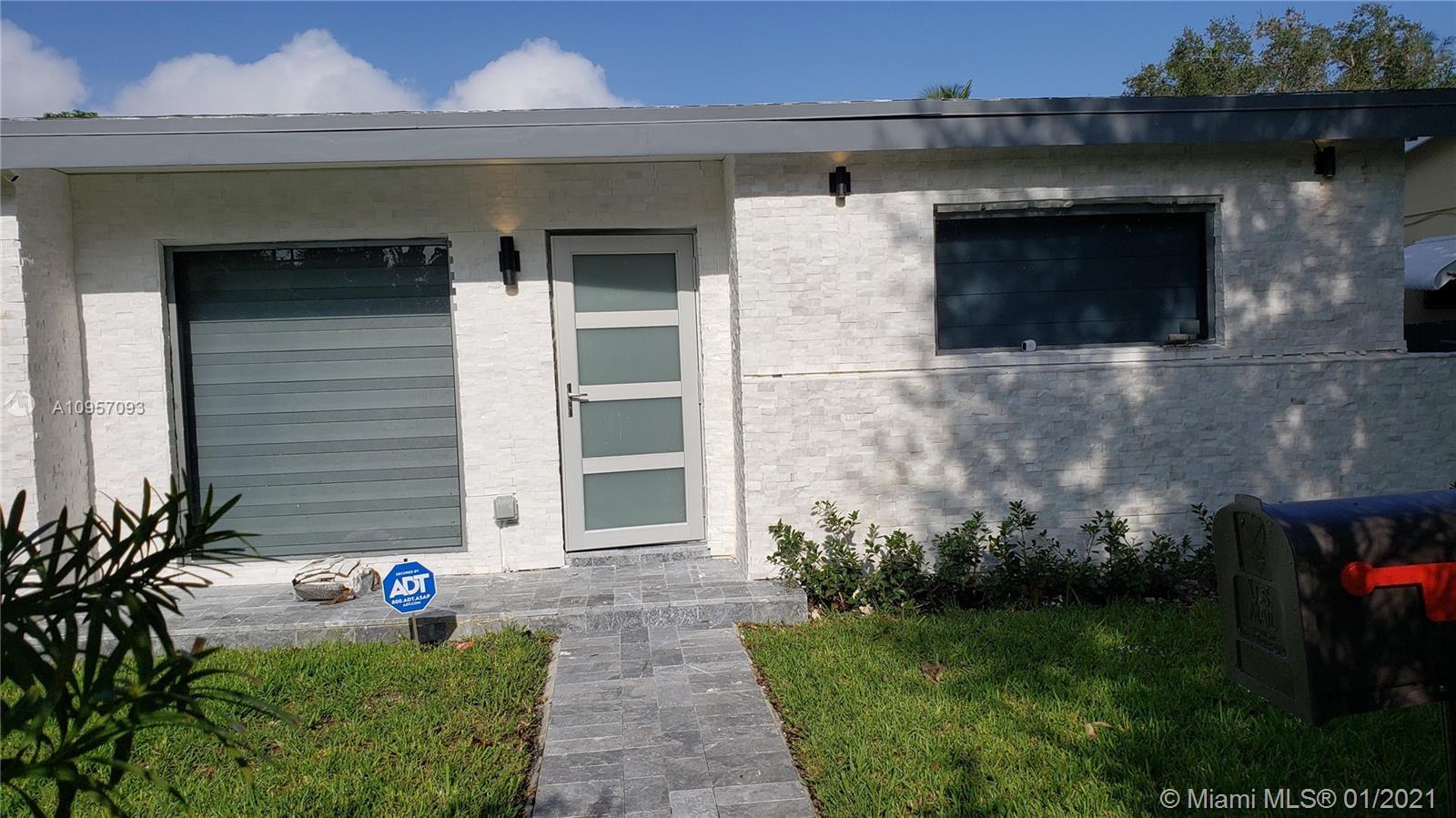 Shore Crest - 8430 E Dixie Hwy, Miami, FL 33138