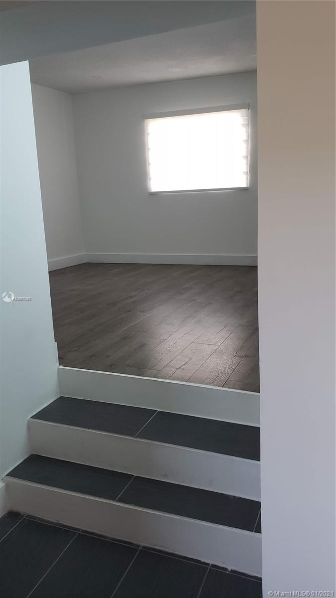 Efficiency/in-law quarters