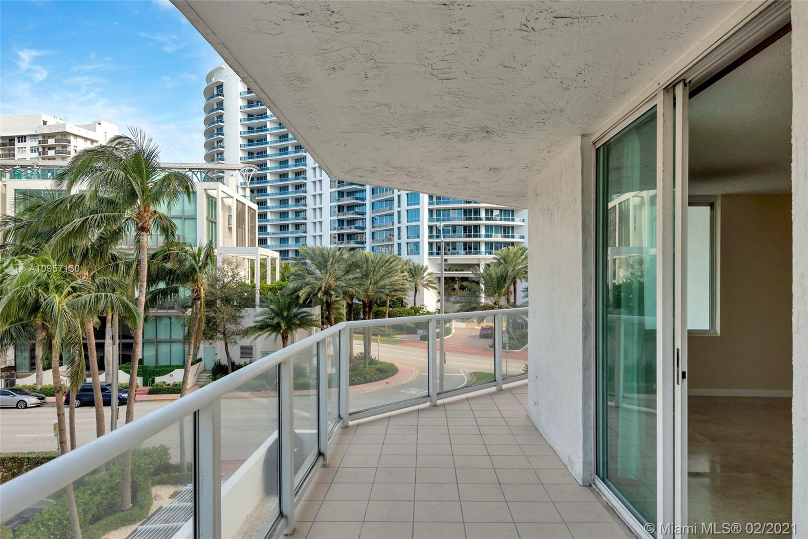 5900 Collins Ave #408 photo017