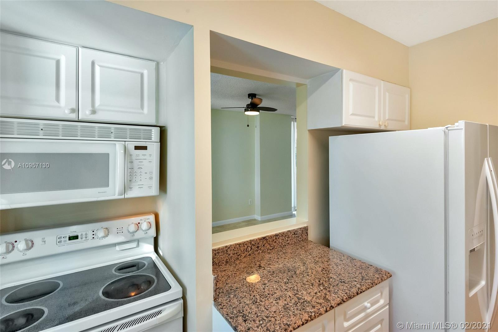5900 Collins Ave #408 photo016
