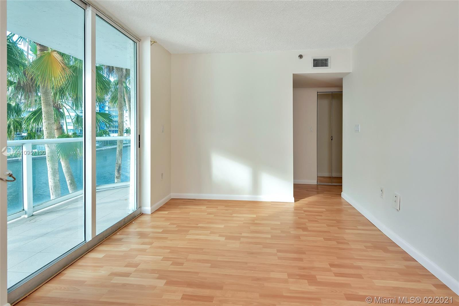 5900 Collins Ave #408 photo026