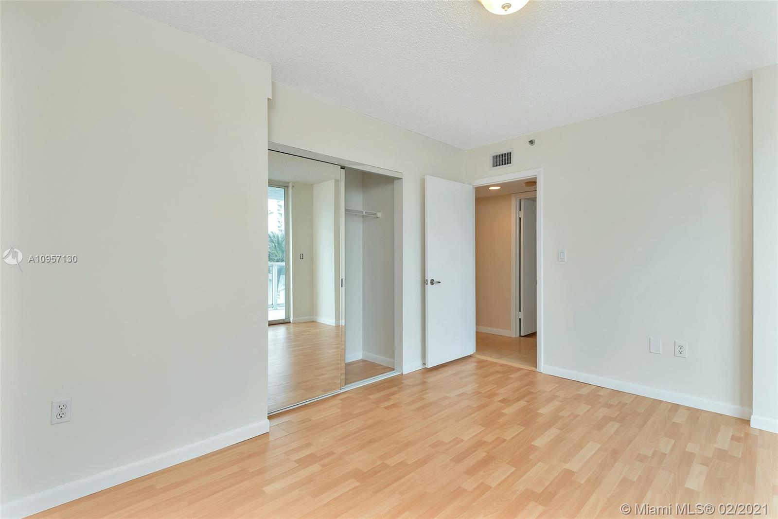 5900 Collins Ave #408 photo022