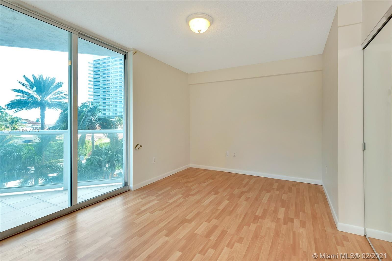 5900 Collins Ave #408 photo020