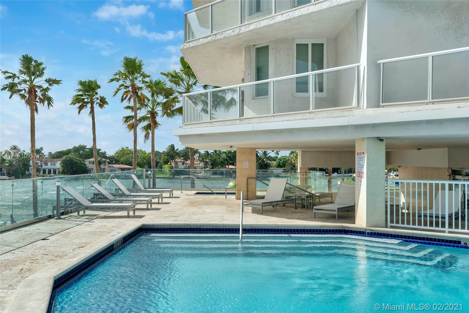 5900 Collins Ave #408 photo045