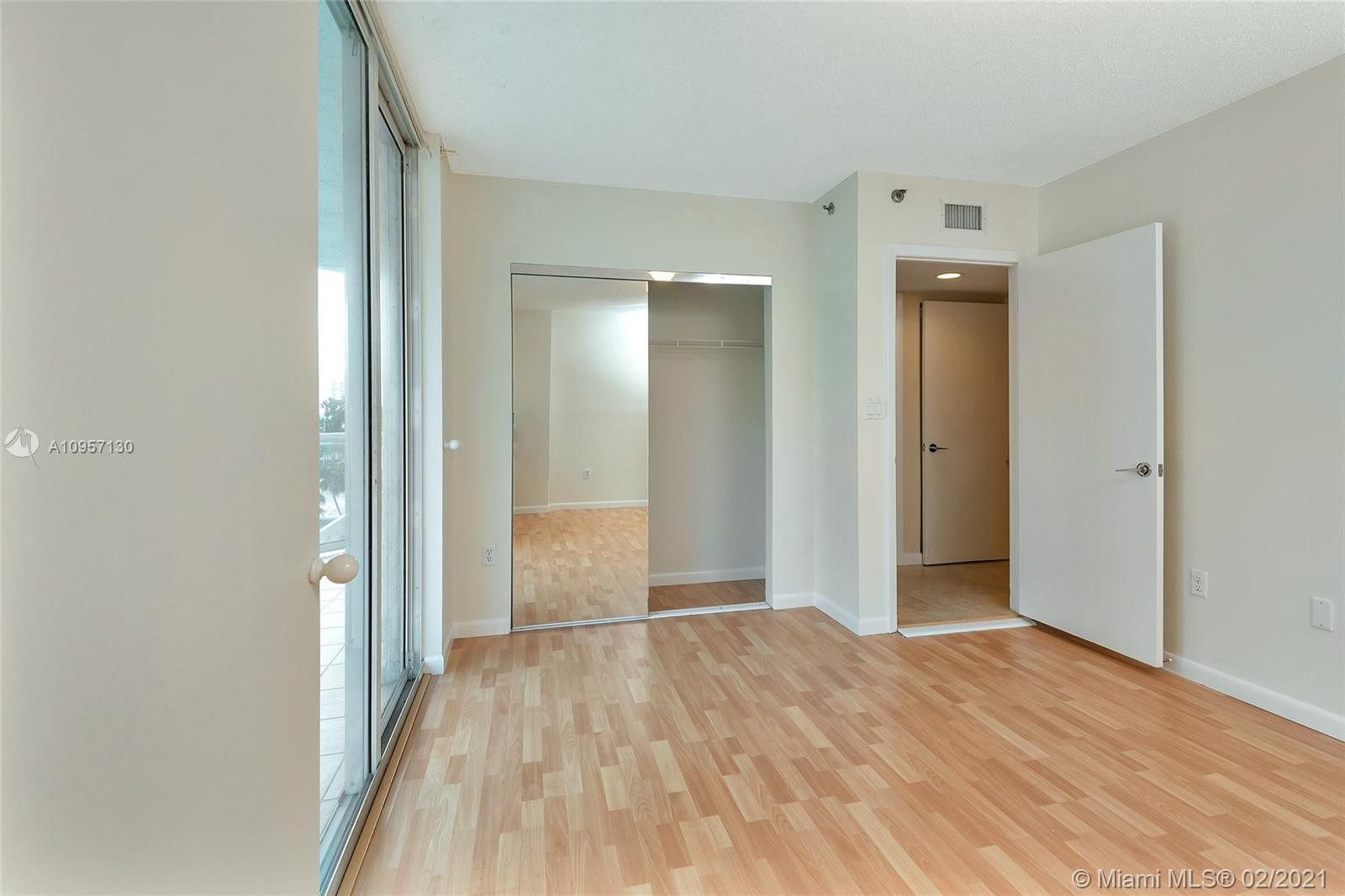5900 Collins Ave #408 photo018