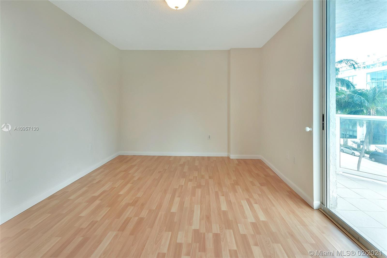 5900 Collins Ave #408 photo019