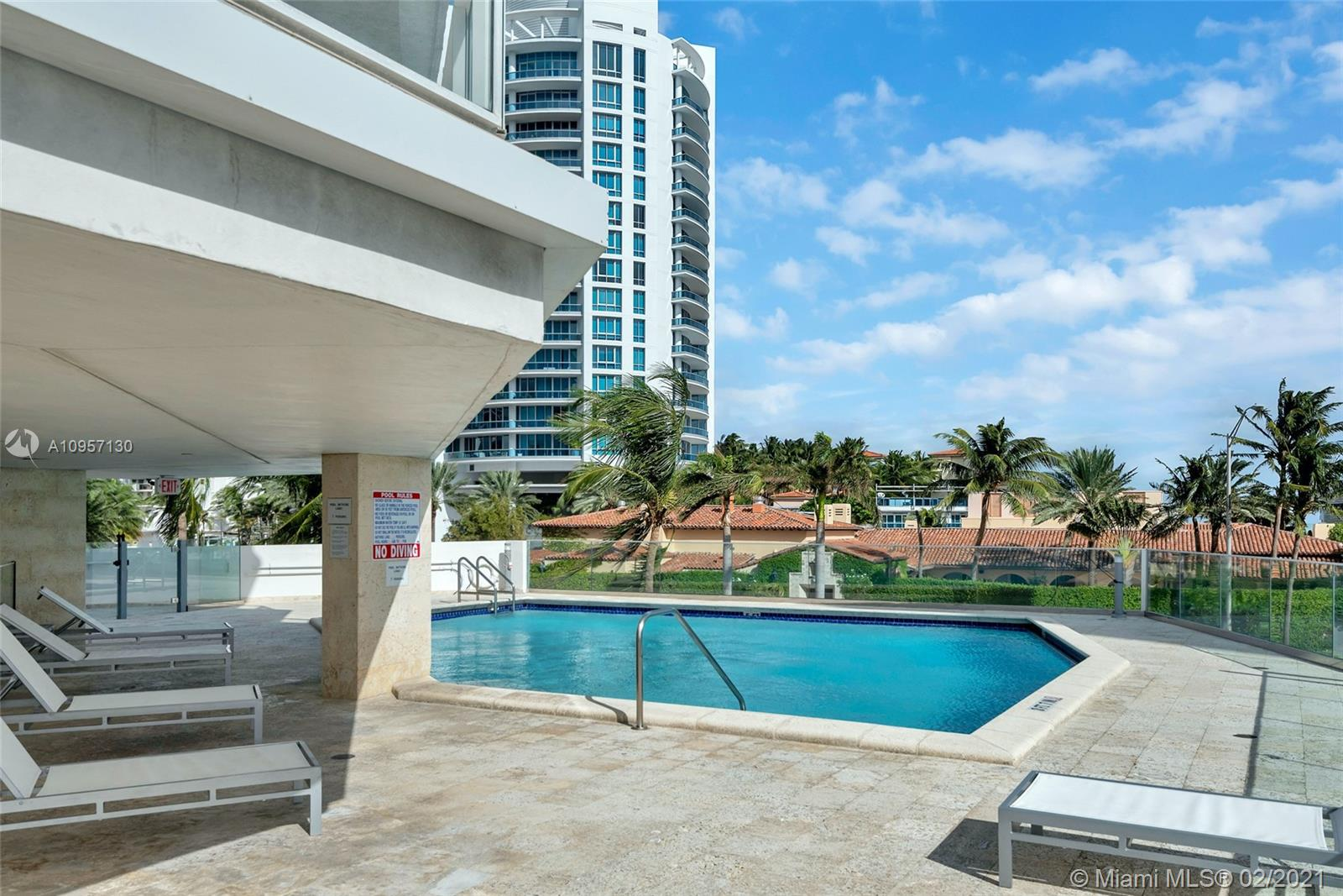 5900 Collins Ave #408 photo044