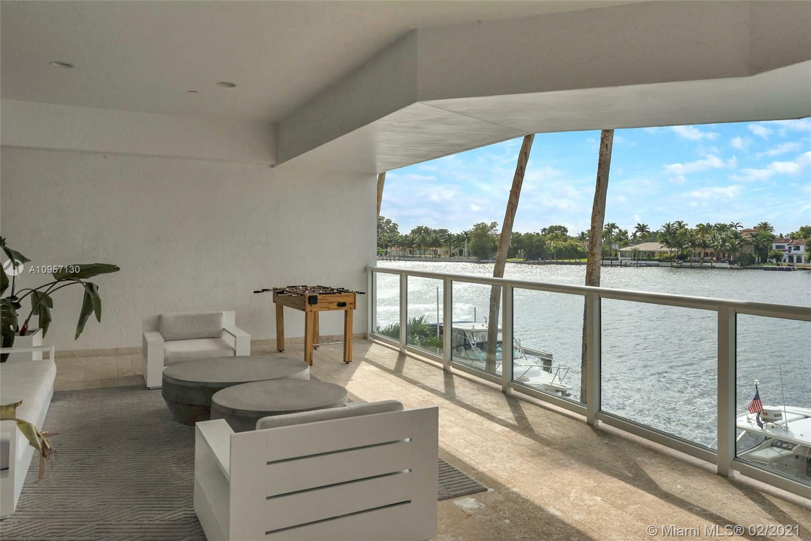 5900 Collins Ave #408 photo040