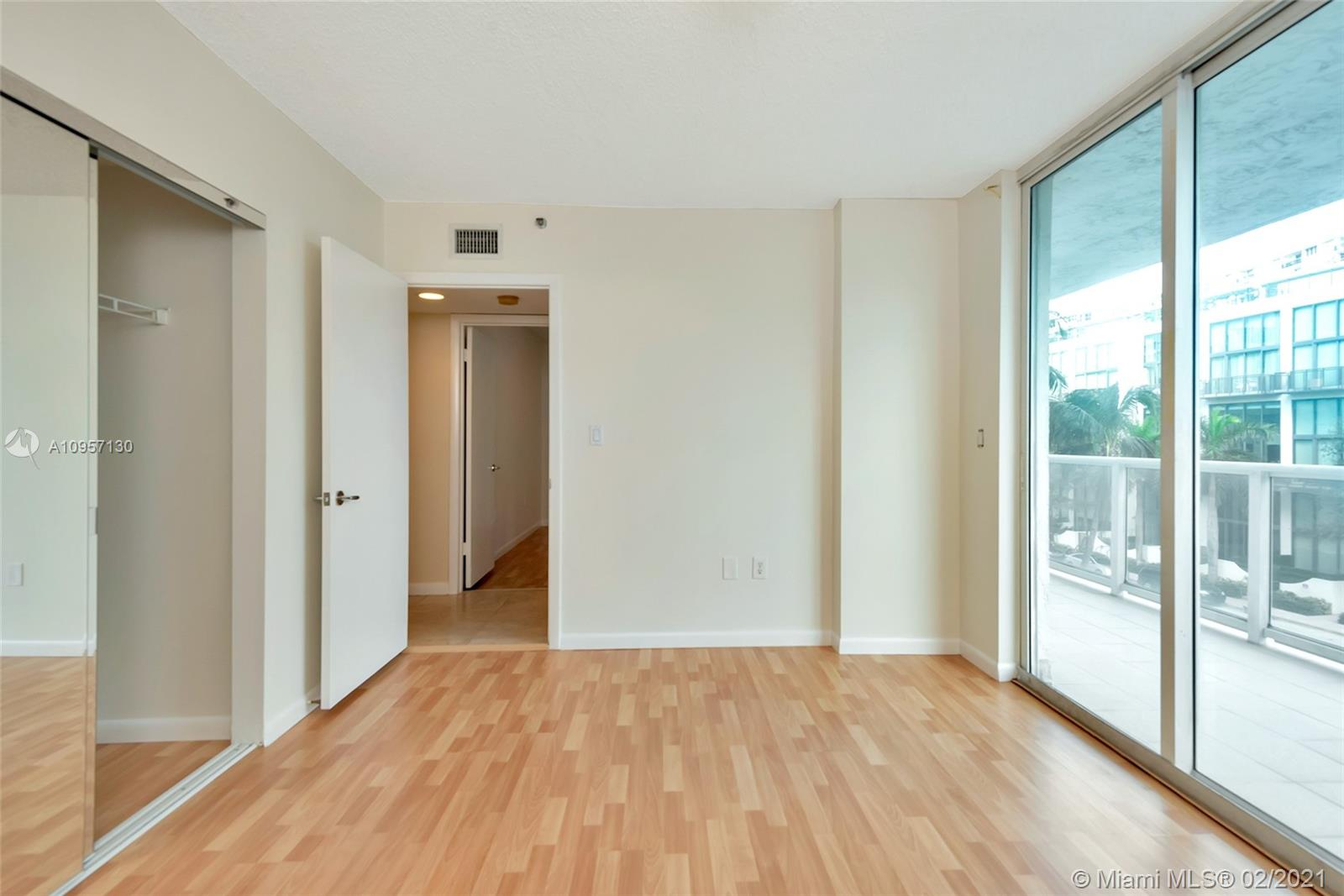 5900 Collins Ave #408 photo021