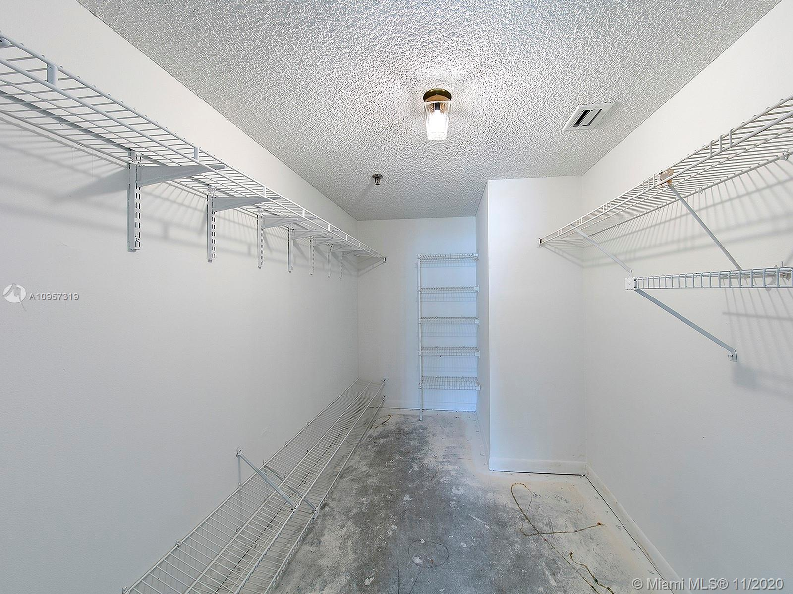 2625 Collins Ave #609 photo012