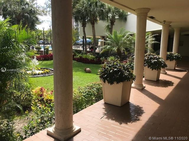 Plaza of the Americas 4 #901 - 17021 N Bay Rd #901, Sunny Isles Beach, FL 33160