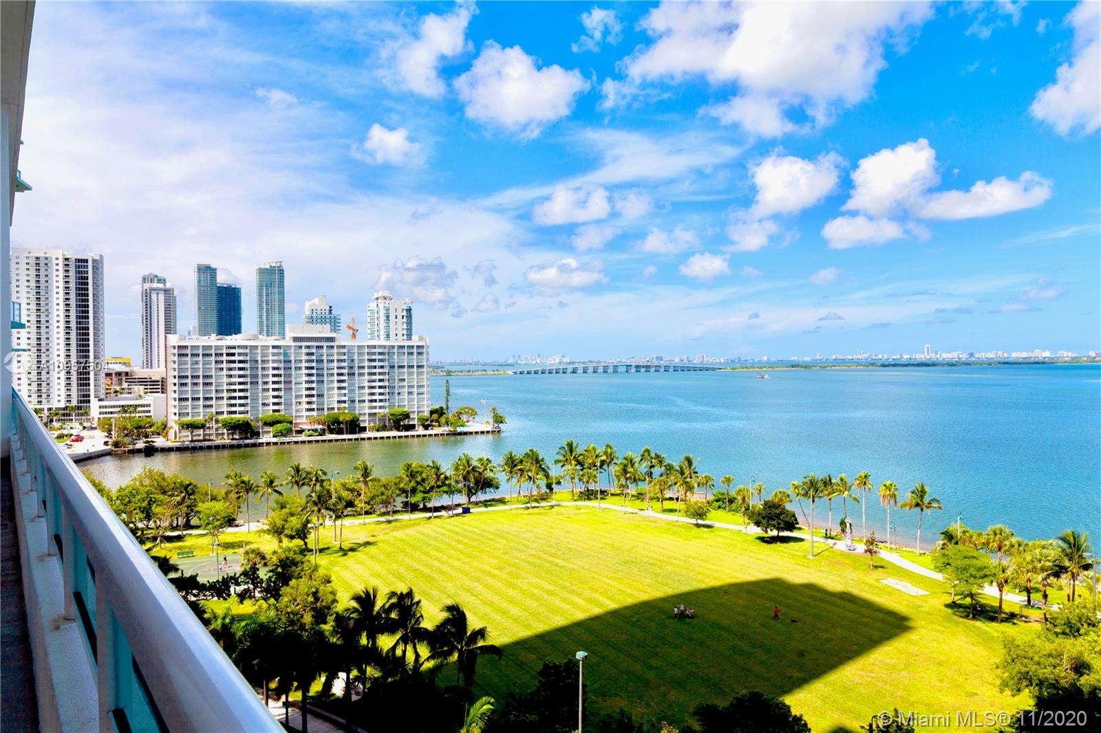 Photo of 1800 N Bayshore Dr #2101 listing for Sale