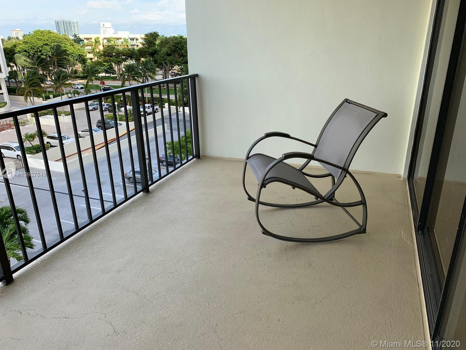 Brickell Place Tower B #B602 - 1901 Brickell Ave #B602, Miami, FL 33129