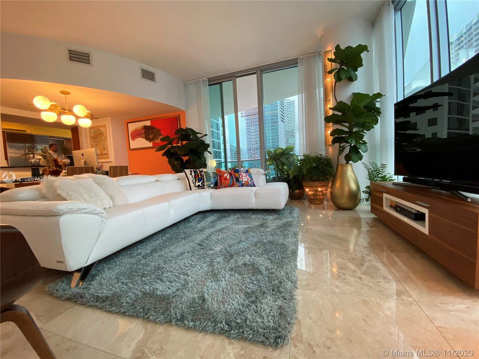 1331 Brickell Bay Dr #1702 photo06