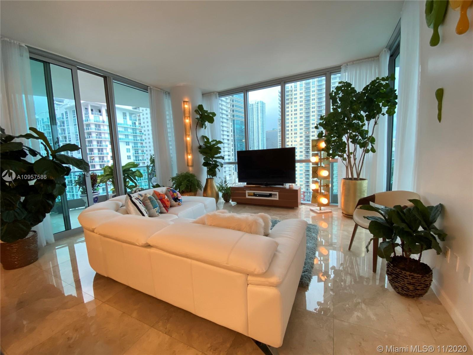 1331 Brickell Bay Dr #1702 photo05