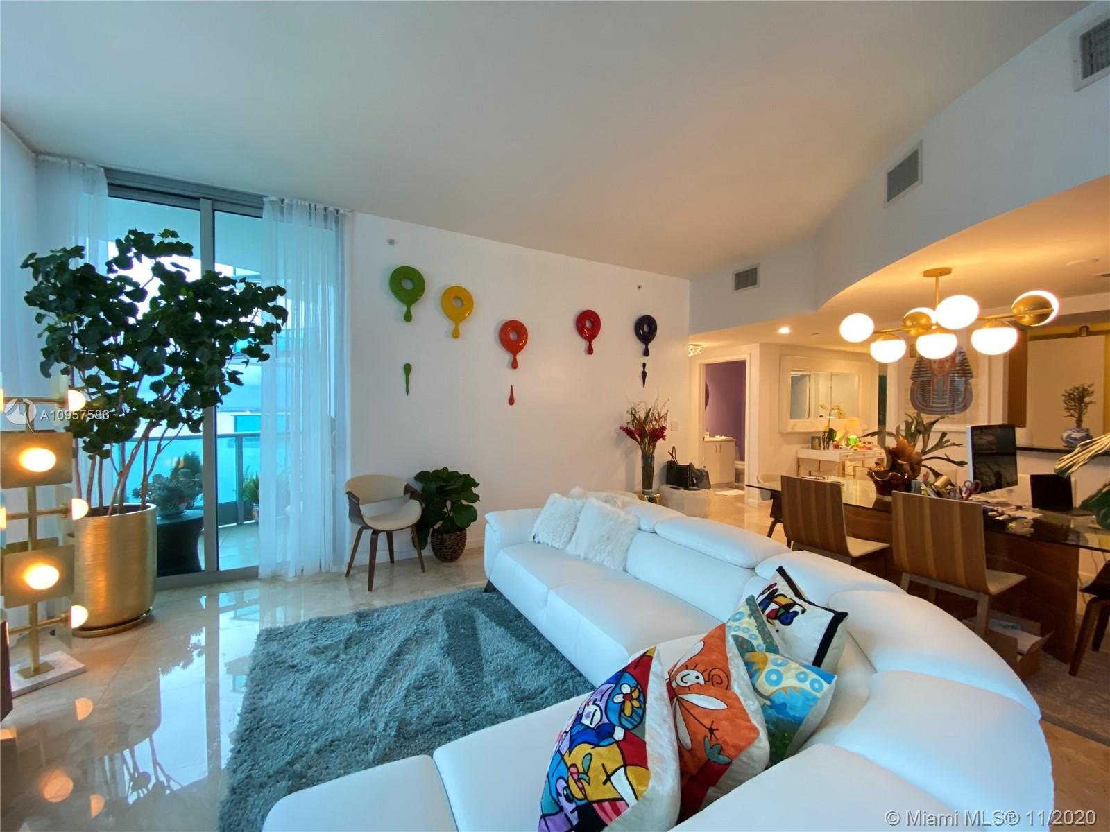 1331 Brickell Bay Dr #1702 photo09