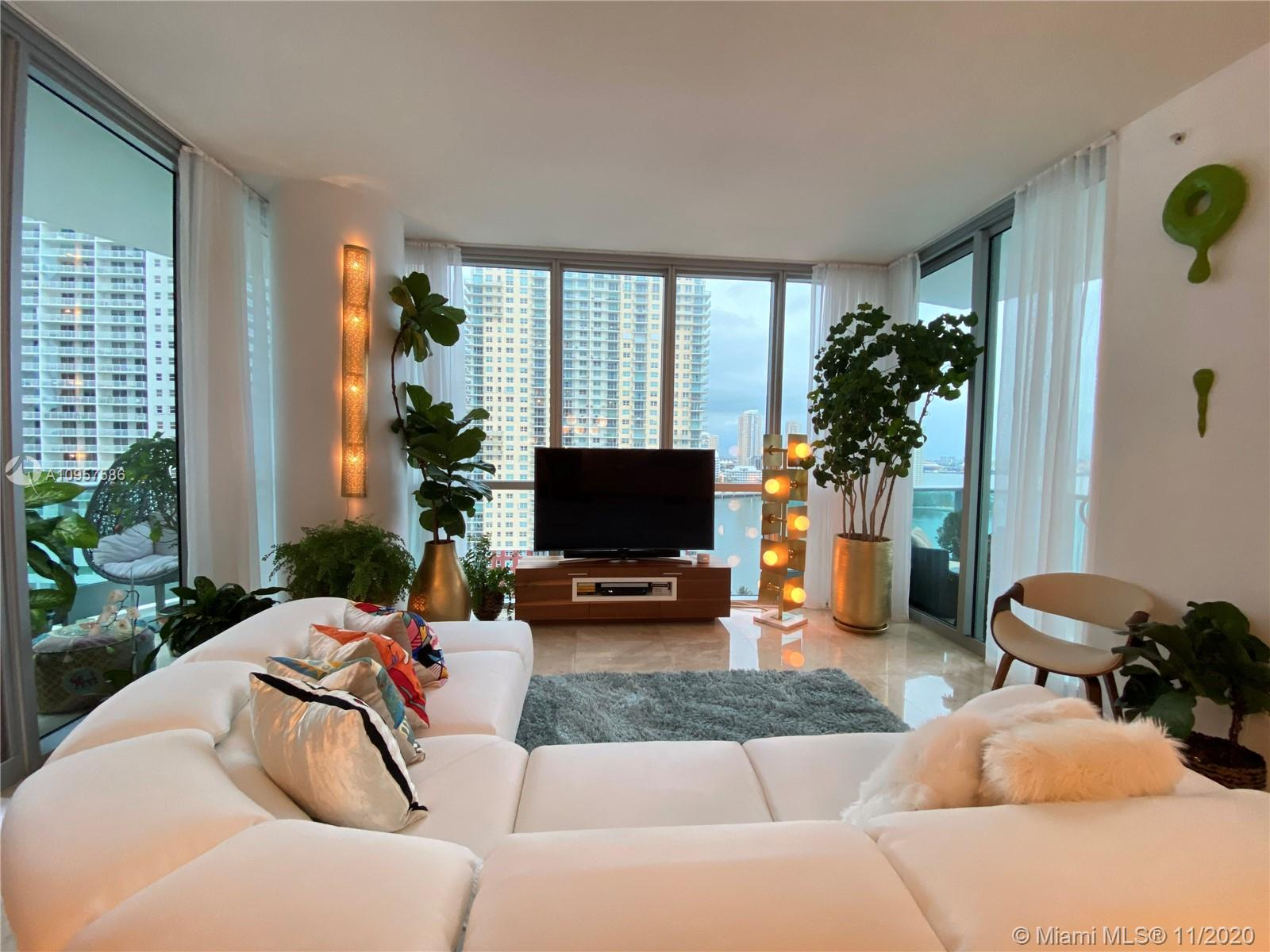 1331 Brickell Bay Dr #1702 photo08