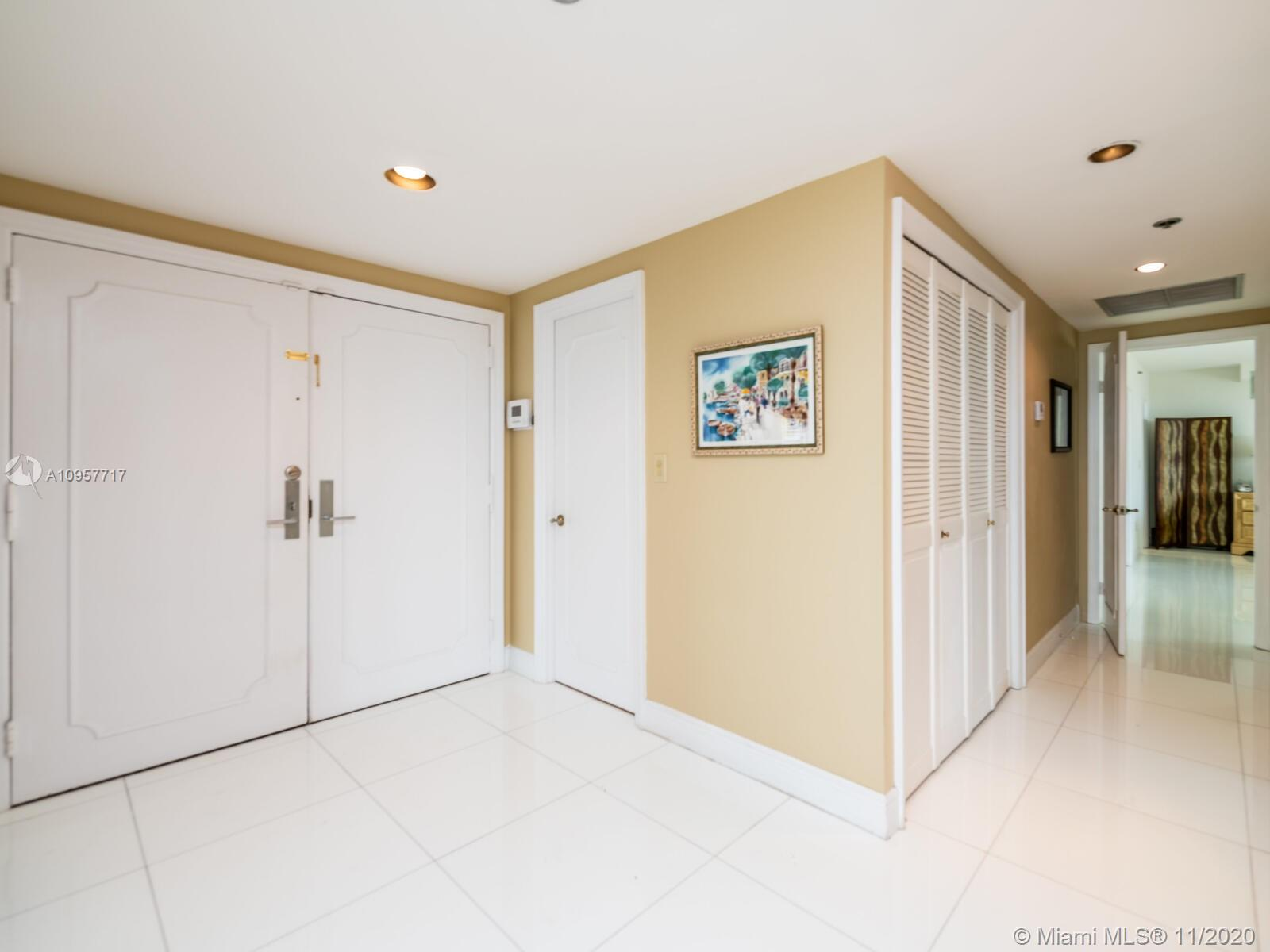 10205 Collins Ave #1201 photo06