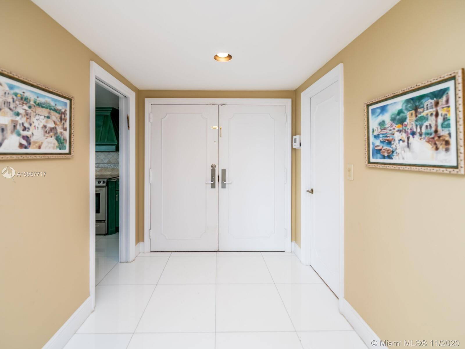 10205 Collins Ave #1201 photo05