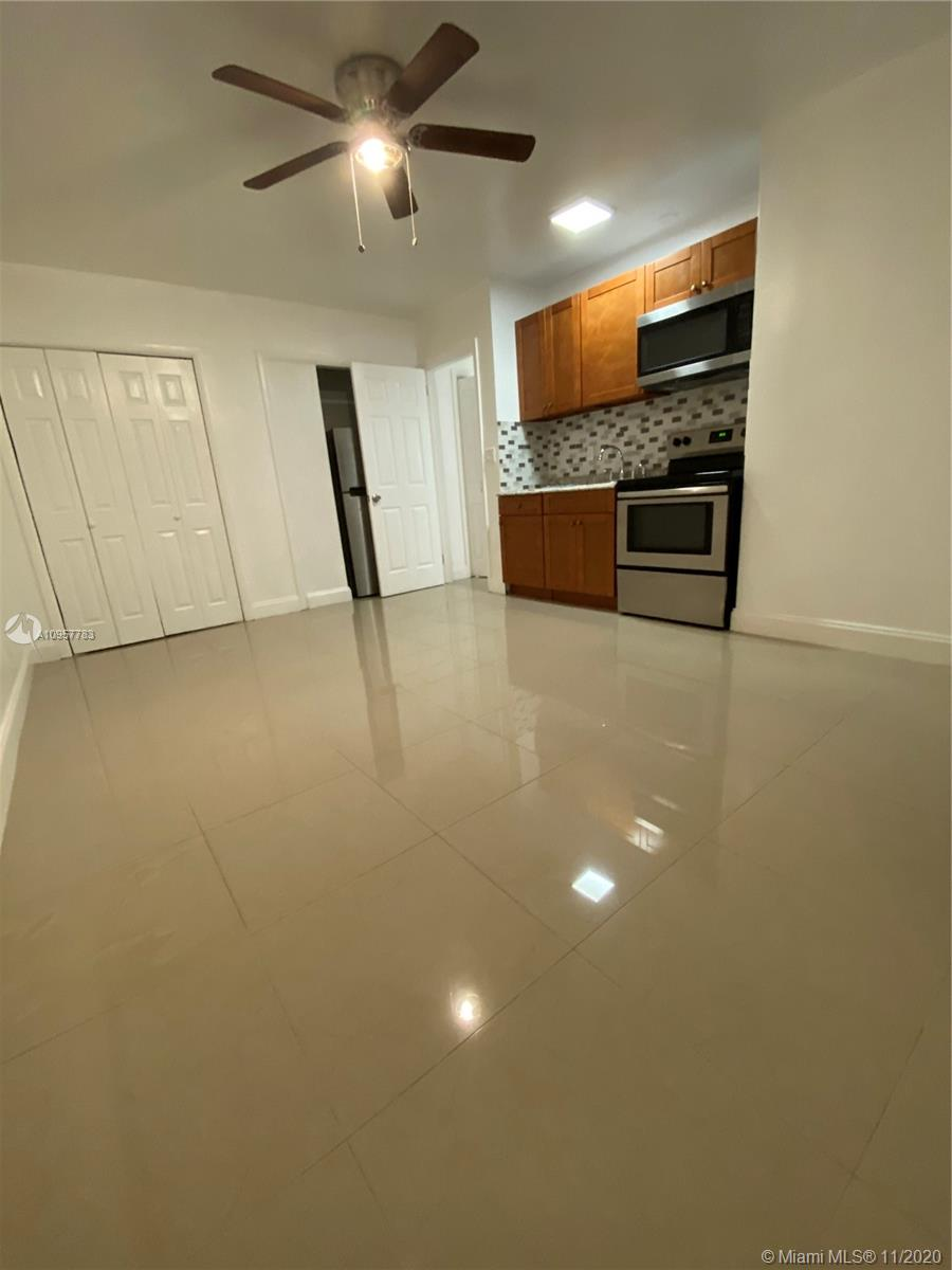 Property for sale at 5321 NE 18th Ave Unit: 4, Fort Lauderdale,  Florida 33334