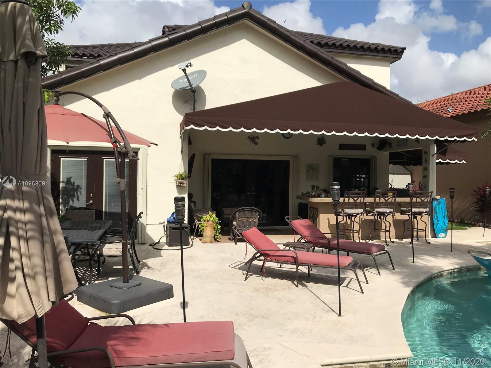 8740 NW 153rd Ter photo045