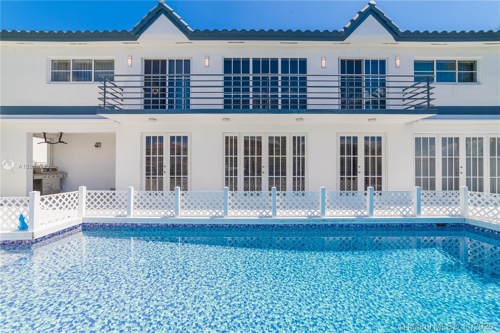 North Miami Beach - 16436 NE 32nd Ave, North Miami Beach, FL 33160