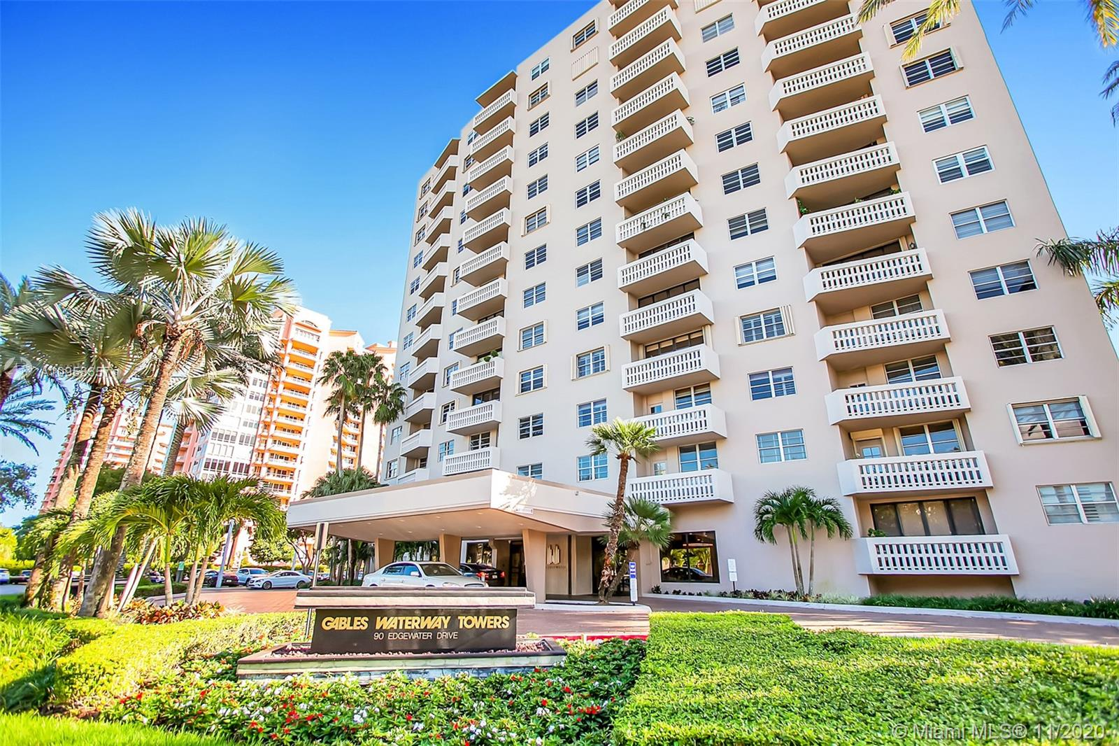 Gables Waterway #318 - 90 Edgewater Dr #318, Coral Gables, FL 33133