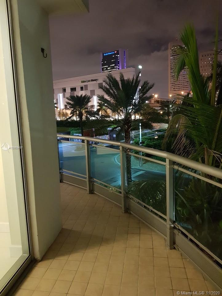 350 S Miami Ave #313 photo018